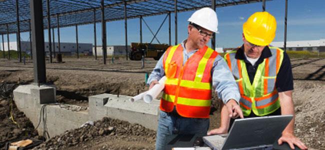 Gunakan perlengkapan safety saat bekerja