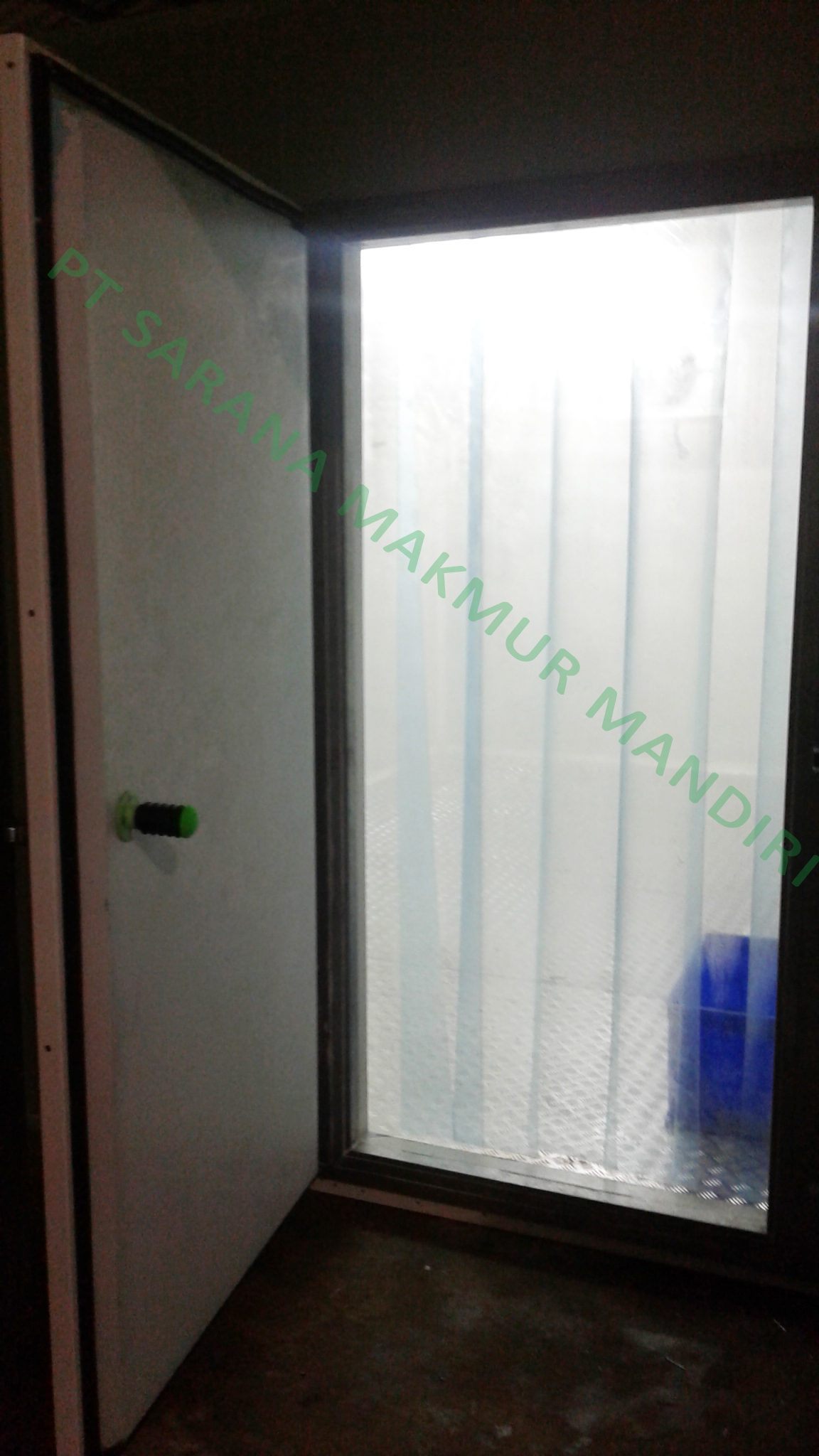 Plastic Curtain & Pintu Swing