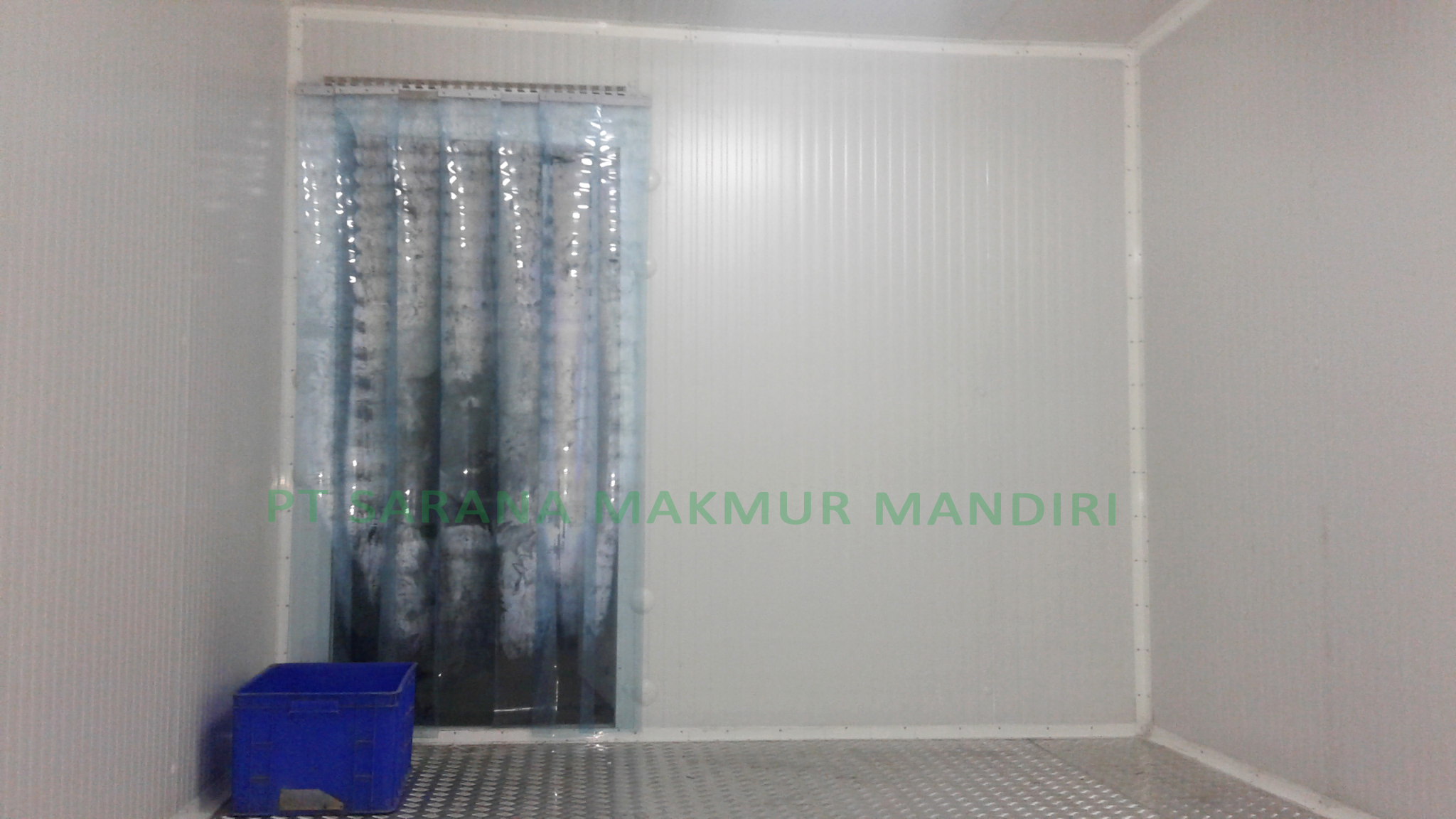 Plat Bordes & Plastic Curtain