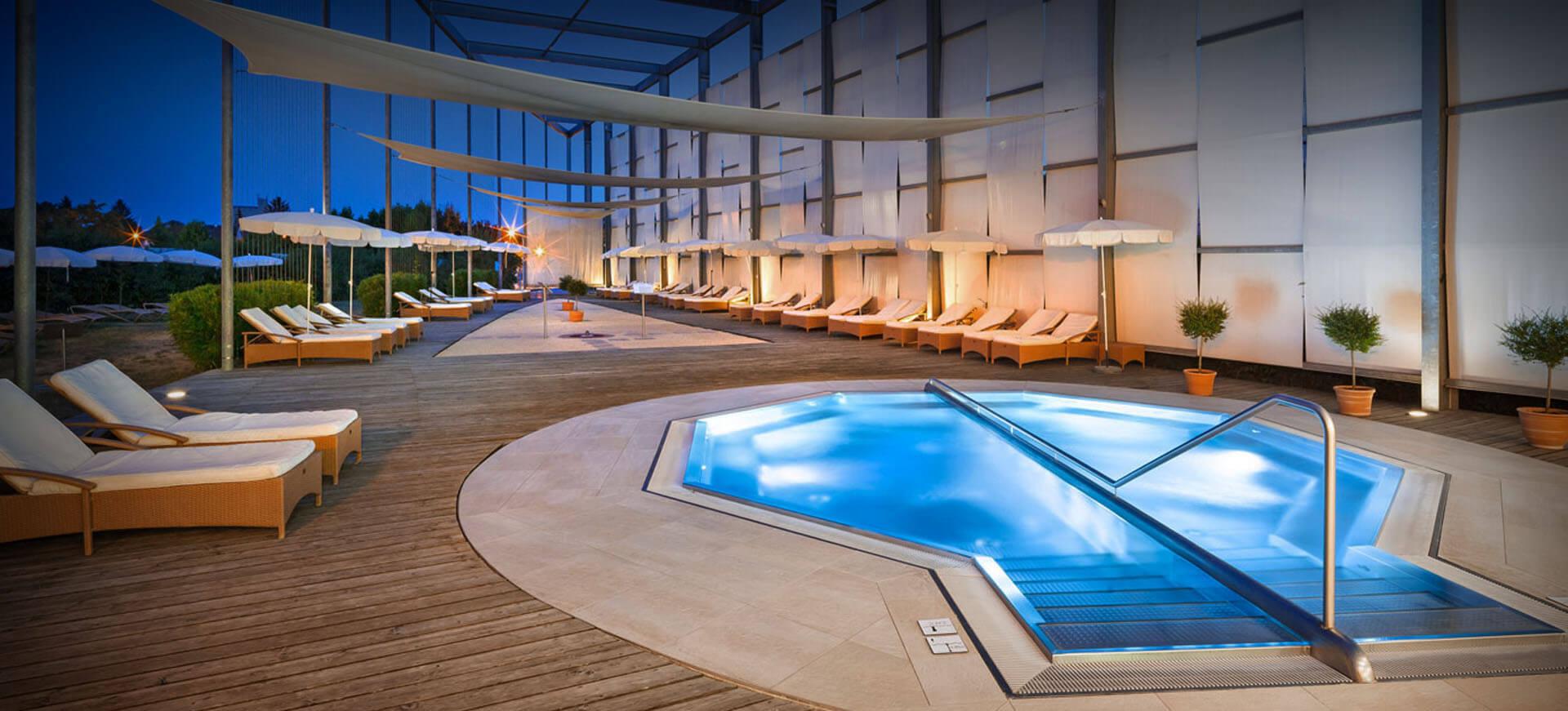 grand spa pool